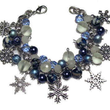 Snowflake Beaded Charm Bracelet Blue and White