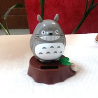 Hot Sale New Style Retail Package Rocking Under Full Light No Battery  Happy Dancing  Totoro Solar Energy Festival Gift Toy