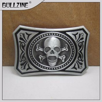 Skull belt buckle with pewter finish suitable for 4cm width belt