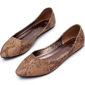 Fashion PU Leather Snakeskin slip on women flats Ballerina Shoes