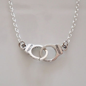 partner products in or clyde friendship key bonnie necklace chain crime