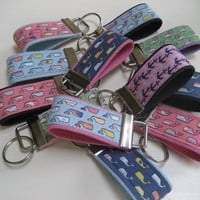 "Sale - 15% off with coupon code ""VINEYARD15"" Vineyard Vines 3"" keychain - Choice of ONE - key fob key wristlet"