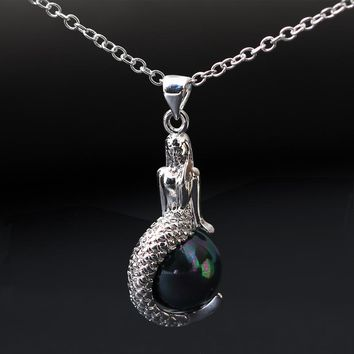 Women Fashion Jewelry Classic Mermaid Pendant Necklace Black&White Shell Pearl 925 Sterling Silver Necklace Pendant G