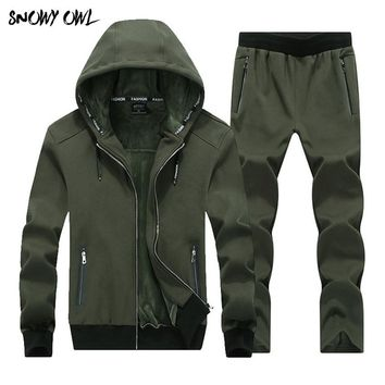 Large Size Outdoor Sporting Suits Mens Sportswear 2018 Winter 2 Piece set male Plus Velvet Thicken Tracksuits warm Hoodies H175