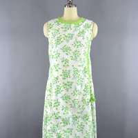 Vintage 1960s Lilly Pulitzer Dress / Green Floral Print