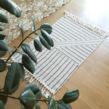 Boho Rug, Small Area Rug, Black and Cream Rug, Tassels Rug, Small Bohemian Rug, Afican Mudcloth Style Rug, Black and White Rug, Arrow Rug