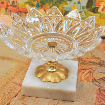 Vintage Depression Federal Glass Petal Design Candy or Nut Dish on Marble Base. Perfect for Wedding Receptions.