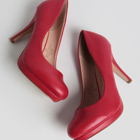 Robin Heels In Red
