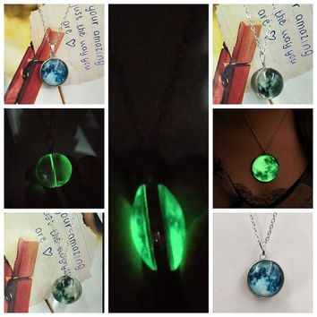 SUTEYI Newest Crystal Planet Glow Necklace Double-sided Round Glow in the Dark Pendant Women Love Necklaces Valentine's Day Gift