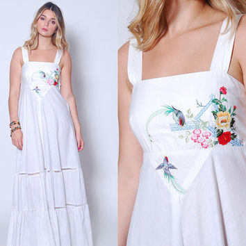 Vintage 70s EMBROIDERED Maxi Dress YOUNG EDWARDIAN Dress White Sundress Boho Wedding Dress