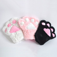 Cat Paw Glovers from chiccasesandhomeproducts
