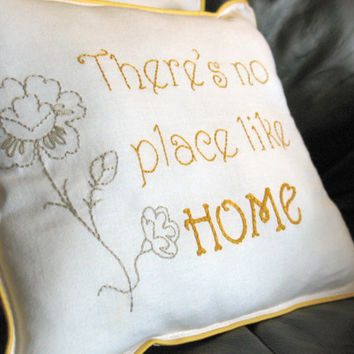 There's No Place Like Home, Home Decor Small Pillow, Room Decor, Pillow, Bedroom Ideas, Nursery Decor, Bedroom Design, Baby Room Ideas