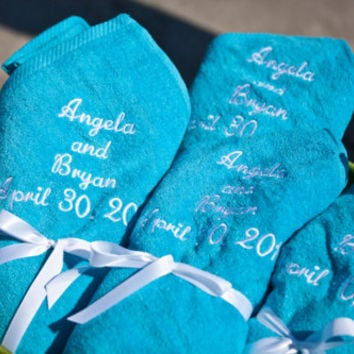 50 Wedding Favor Towels - Personalized - Luxury Cotton