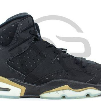 LMFUX5 AIR JORDAN RETRO 6+ - DEFINING MOMENTS PACKAGE