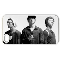 "Band ""Emblem3 Emblem 3"" Protective Hard Case Cover Skin for Apple iPhone 4/4s- 1 Pack - Black/White - 1- Perfect Gift for Christmas"