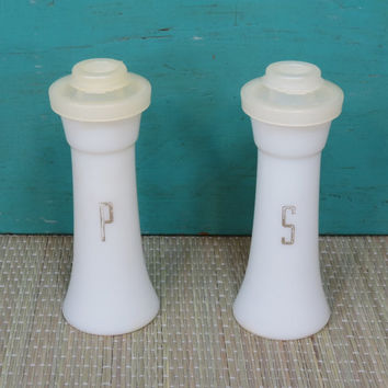Tupperware Salt and Pepper Shakers Vintage Set Smaller Size