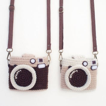 Crochet Vintage Camera - Instax Mini's Case