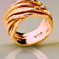 14K Gold Band Wedding Ring Handmade Sculptured Artisan Crafted Size 7.5 Women
