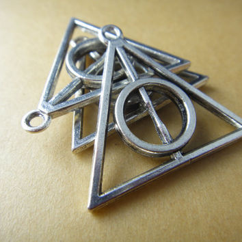 10 pcs Harry Potter Deathly Hallows Triangle by FindingClub