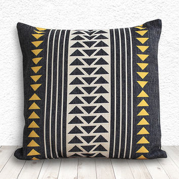 Pillow Cover, Geometric Pillow, Triangle Pillow Cover, Linen Pillow Cover 18x18 - Printed Geometric - 112