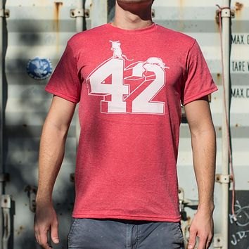 Forty Two [Hitchhiker's Guide to the Galaxy] Men's T-Shirt