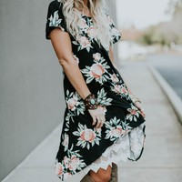 Lace Pocket Floral Dress - Black