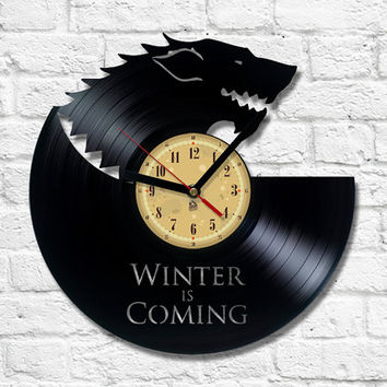 Vinyl Clock - Winter Is Coming. Game of Thrones. Upcycling product made from vinyl records. Cool gift ideas for music lovers.