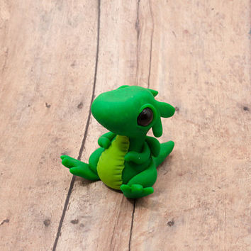 Baby Green Dragon Figurine, Green Hatchling Dragon Sculpture, Polymer Clay Dragon Figure, Baby Dragon, Mini Dragon Trinket, Adorable Dragon