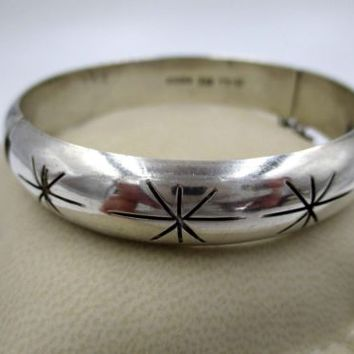 Taxco Sterling Silver Hinged Bangle Bracelet with Safety Chain Mexico Vintage