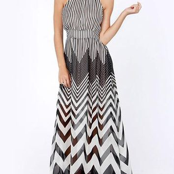 Chevron Dress - Maxi / Grey Black White