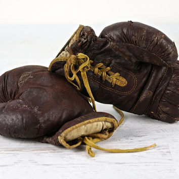 Boxing Gloves, Vintage Wilson Boxing Gloves, Leather Boxing Gloves