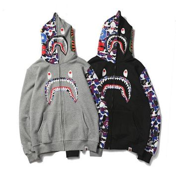 ca spbest 2017 Hot Men's Bape Shark Jaw Head A Bathing APE 2 Colors Hoodies Jacket Coat