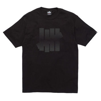 Undefeated: 5 Strike Fade Shirt - Black