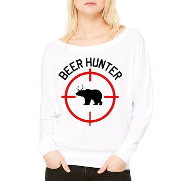 Beer Hunter WOMEN'S FLOWY LONG SLEEVE OFF SHOULDER TEE