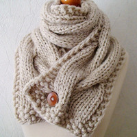 Chunky Scarf Handknit Big Cowl Extra Thick Cabled Soft  in Natural White Beige Angora Merino Wool