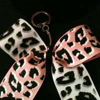 Key Chain Bow: Flip Cheetah
