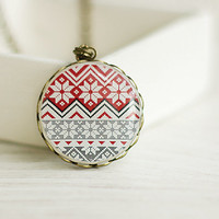 Winter Ornaments Pendant, Snowflakes Necklace