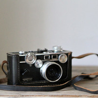 Vintage Argus Rangefinder Camera // Black // Camera with Case / Film Camera / The Brick