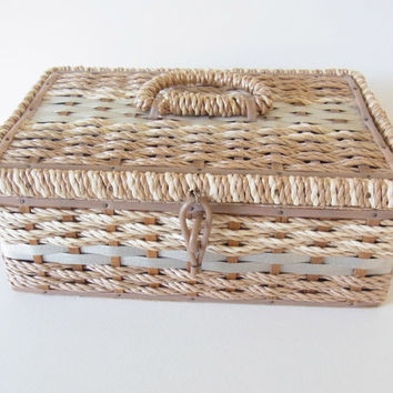 vintage sewing box / jewelry box / 1970s woven sewing box / vintage woven jewelry box / vintage / 1960s / 1970s / japanese / 1970s sewing