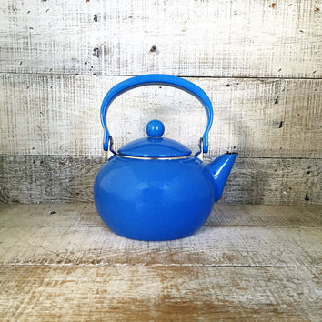 Teapot Mid Century Enamel Teapot Blue Enamel Teapot with Metal Handle Tea Kettle Retro Teapot Mid Century Kitchen Decor Farmhouse Chic