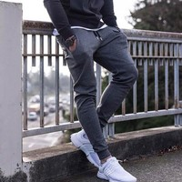 BDLJ 2017 New High Quality Jogger Pants Men Fitness Bodybuilding Gyms Pants For Runners Clothing Autumn Sweat Trousers Britches