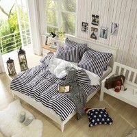 Vaulia White and Black Color Stripe Print Pattern, 100% Microfiber Lightweight Duvet Cover Sets - King Size
