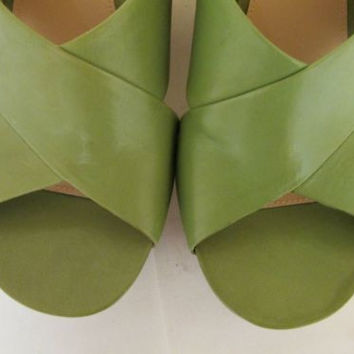 Via Spiga Elle Grass Green Cork Wedged Platform Leather Women's