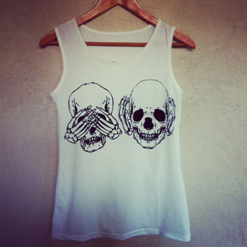 3 Skulls 3 styles Top by NewSpiritVintage on Etsy