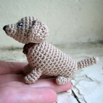 Miniature crochet dachshund, crochet dachshund, crochet toy, little amigurumi dachshund, tiny pet, miniature dachshund, small toy