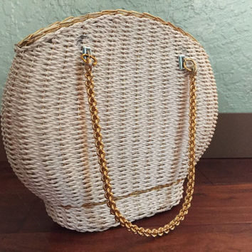 Woven White Handbag, Gold Trim, Hard Woven Vintage Handbag, Vintage 60s Purse, Rigid Chain Handles, White Wicker Purse, Granny Purse, 1960s