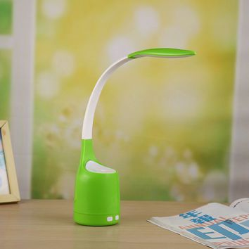CTORCH 160ML Humidifier Eye Protection Lamp LED 3 Grade Adjustable USB 360° Rotating Reading Lamp Automatic Power Off Silent Air Purifier (Green)
