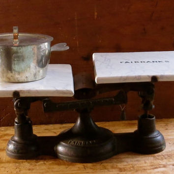 Antique Fairbanks Kitchen Scale, Blue Marbled Tile, General Store Weighing Tool, Industrial Iron Base, Farmhouse Rustic Decor