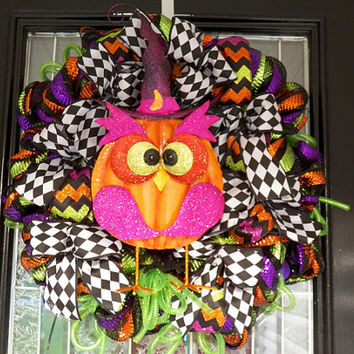 Halloween Wreath with Owl, Halloween Decoration, Halloween Door Hanger, Ready to Ship