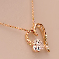 Elegant Dignified Cutout Heart Rhinestone Necklace